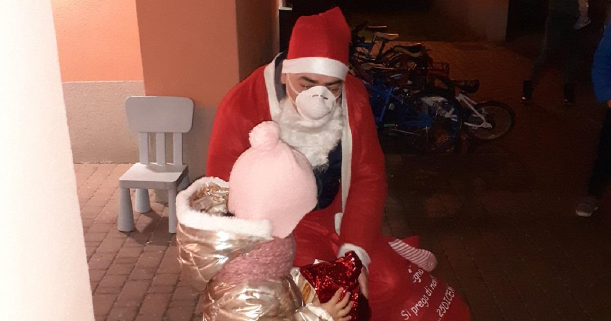 Babbo Natale delle case di accoglienza della Cooperativa AIBC