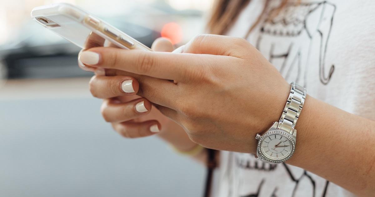 Smartphone a scuola si o no?