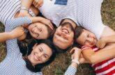 Adozione. Maria ed Enrico Gallozzi: Perché pur con tre figli biologici ne abbiamo adottati altri due?