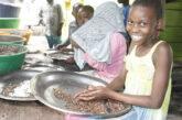 Minori abbandonati in Congo. La storia di Olivia racconta il suo desiderio di contribuire allo sviluppo della società