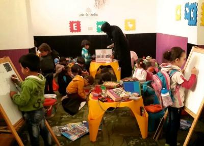 Bambini ludoteca Siria