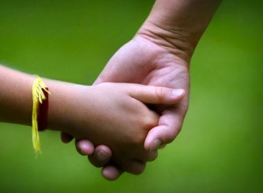 adozione. Un tavolo di coordinamento in Friuli per attuare protocollo con iniziative di sostegno per chi adotta