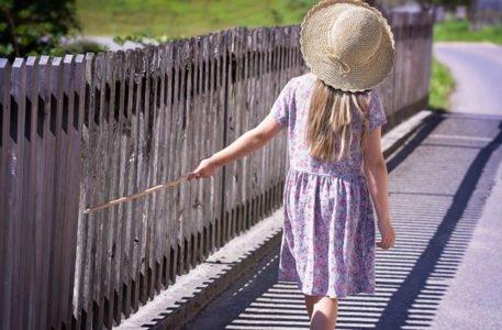 A.A.A. Famiglia affidataria cercasi. Paola, 7 anni, pronta ad essere abbracciata