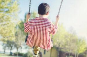Paolo, sette anni, in attesa di una famiglia adottiva.