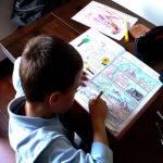 bambino compiti