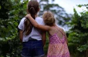 Martina e Claudia cercano due famiglie affidatarie