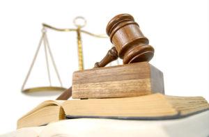 Tribunale per i minorenni decide l'idoneità adottiva in Italia