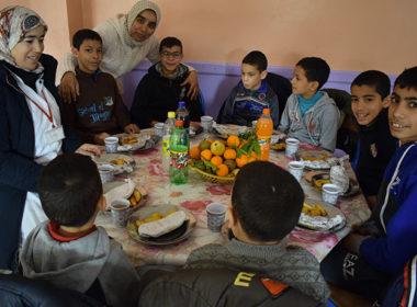 festa bambini centro fes in marocco