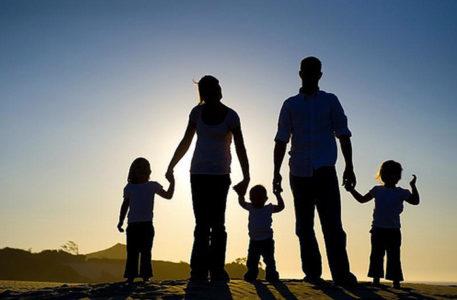 adozione internazionale. La storia dei coniugi Cipollone, l'adozione è la strada per fare famiglia