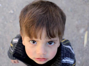 siria: cesti di cibo e coperte calde per sopravvivere all'inverno di Idlib in Siria