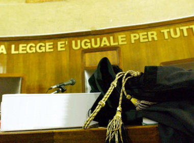 Per Commissione Adozioni Internazionali niente processo