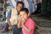 Mio figlio, per la sua Santa Cresima, vorrebbe fare una donazione ai bambini siriani. Qualche suggerimento?
