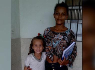 brasile, mamma Siria torna a studiare per far felici i suoi due figli, ospiti della Casa Santa Ines grazie al sostegno a distanza e ad Ai.Bi.
